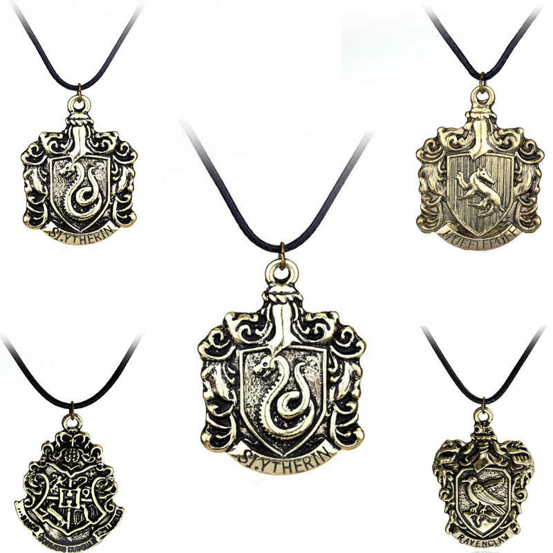 Hogwarts School  Accessories Necklace Gryffindor Ravenclaw Slytherin Hufflepuff Prop Cosplay Collection Gift