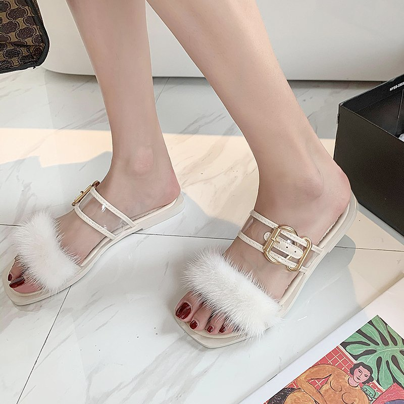 Summer 2020 new style fashion wear plush slippers female word square head flat sandals and slippers wild plush shoes X101