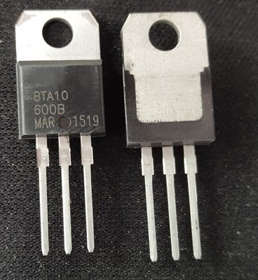 1pcs BTA10-600C TO-220 Triac 600V 10A