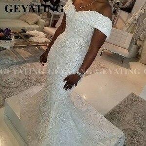 Image 2 - 2020 luxus Off Schulter Spitze Meerjungfrau Afrikanische Hochzeit Kleid mit Abnehmbaren Zug Plus Größe Backless Nigerian Frauen Brautkleider