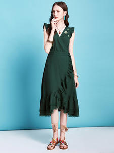 ARTKA Ruffles Dress Embroidery Lace Elegant Summer New V-Neck Sexy Sleeveless LA20804C