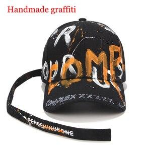 Image 2 - [RoxCober] di Modo Fatti A Mano graffiti berretto da baseball Cappellini per Gli Uomini le donne cinghia Lunga Snapback Cappellini Regolabile Hip Hop cappelli Visiere unisex