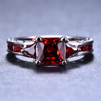 90% Off Charm Male Female Red Stone Ring Cute Love Engagement Ring Vintage Wedding Rings For Women