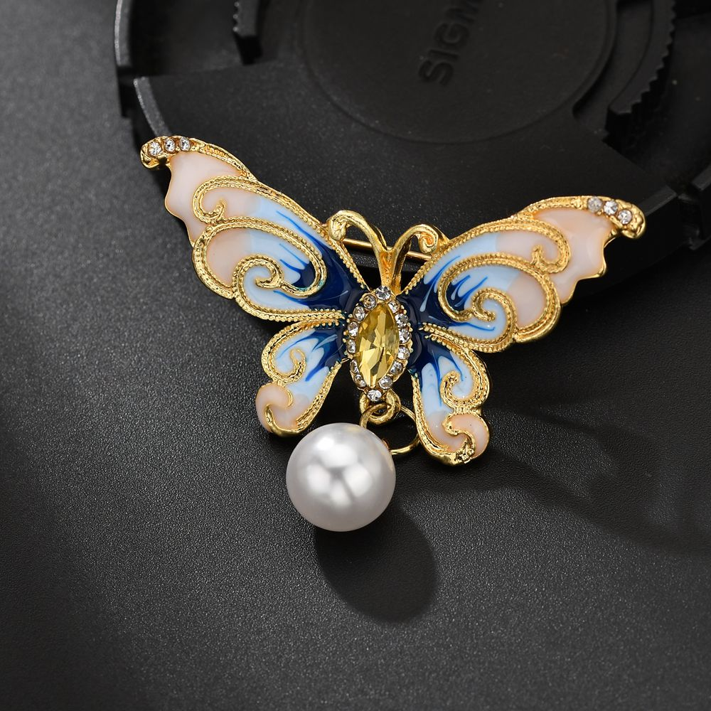 Gariton 2019 New pearl Butterfly Brooches For Women Elegant Vintage Fashion Alloy Insect Brooch Pins Big Brooch Accessorie in Brooches from Jewelry Accessories