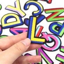 1 pçs remendo A-Z inglês carta remendos para roupas colorido alfabeto ferro em bordado remendos listras costurar acessórios diy nome