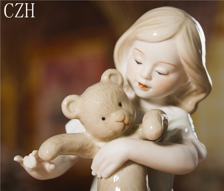 Porcelana menina e teddy bear estatueta cerâmica