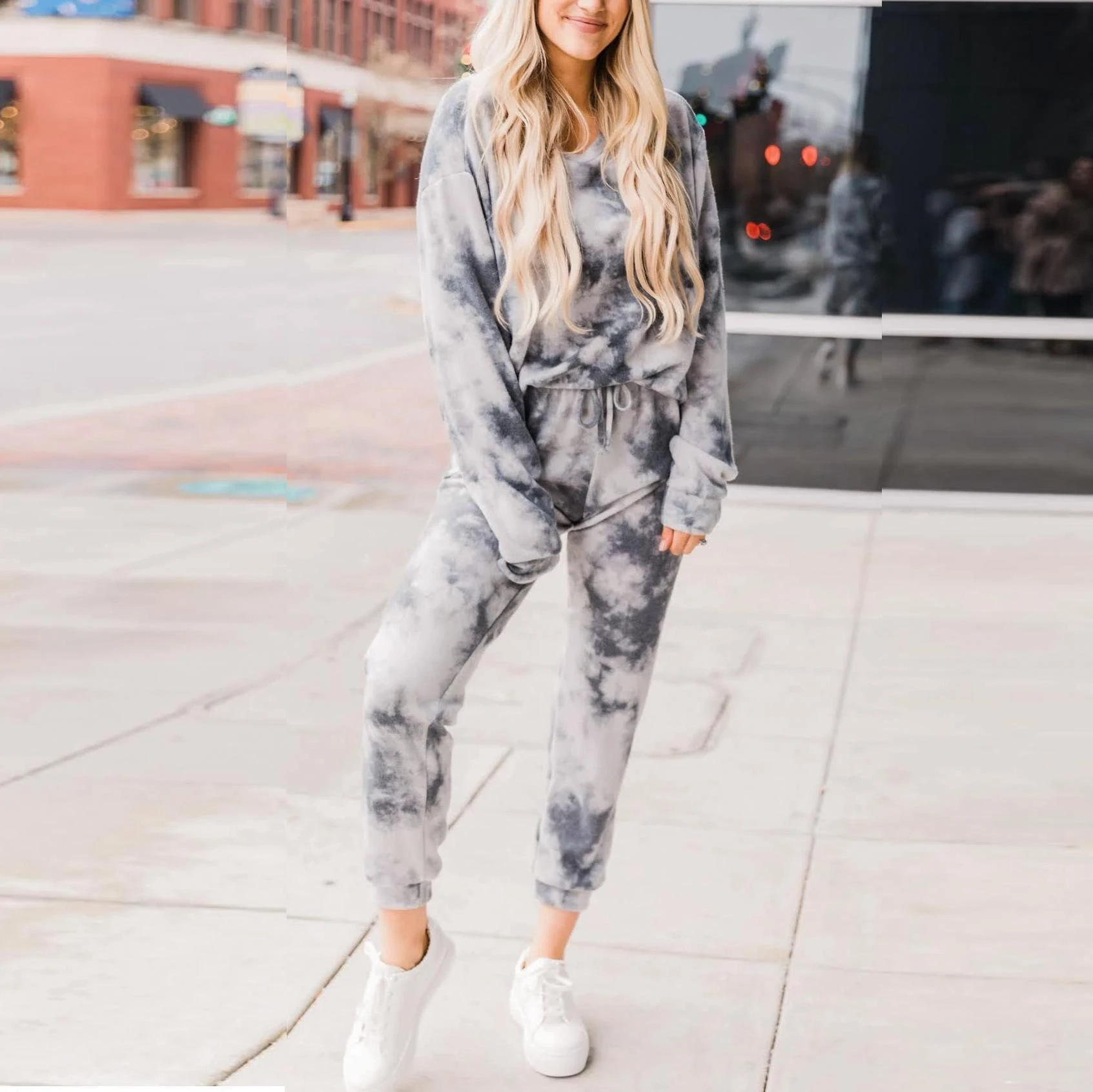 2020 Pyjamas Women Printing And Dyeing Home Pajamas Round Neck Long-sleeved Home Clothes
