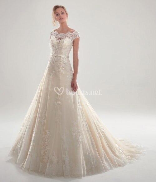 2020 White Long Vestido De Novia Bridal Gowns custom size Sexy lace appliques short sleeves ivory Illusion Lace Wedding Dresses