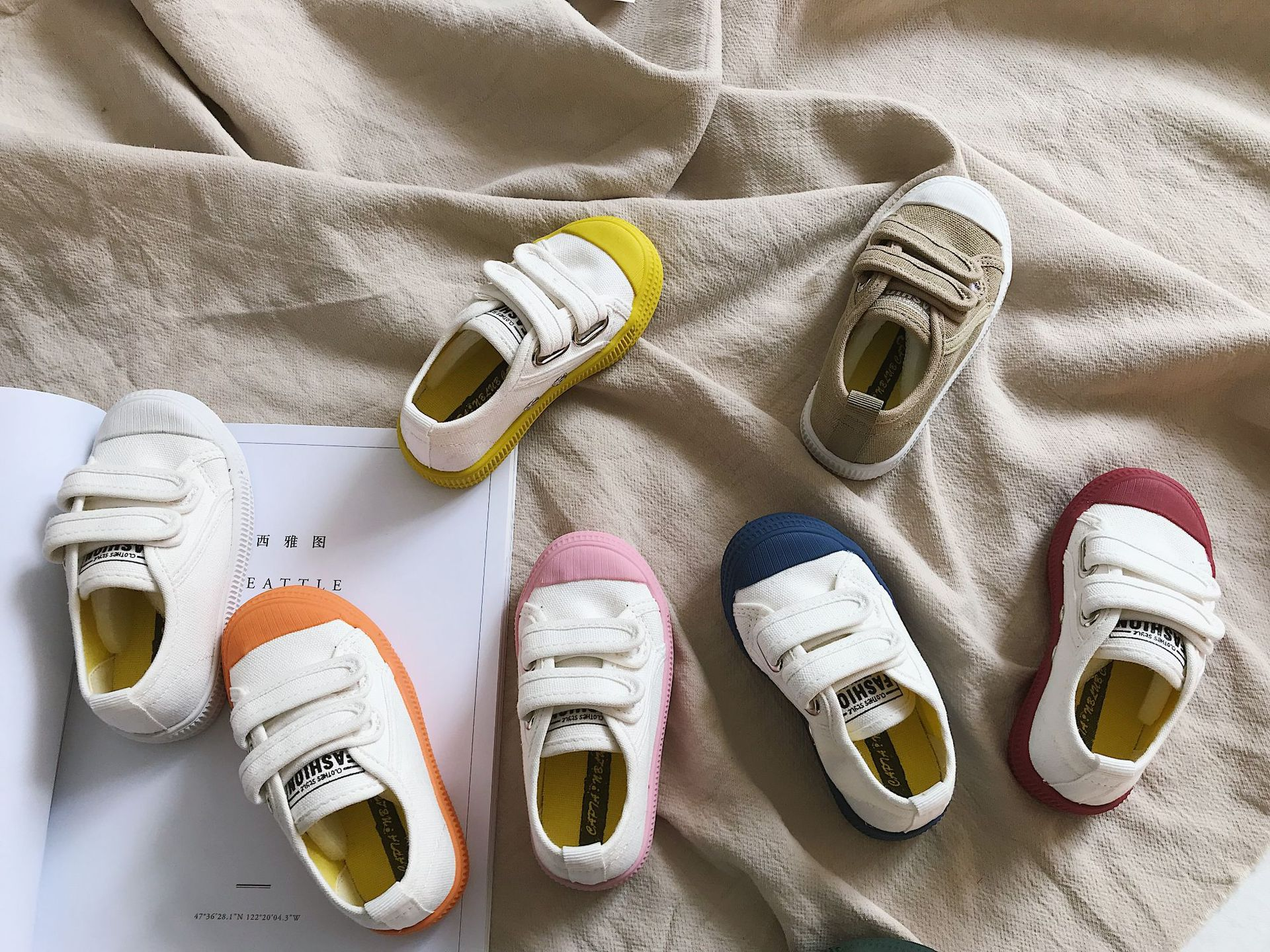 2019 New Children Spring Candy-colored Shoes With Cow Tendons Canvas Shoes Girls Hook And Loop White Shoes Boys Baby Shoes