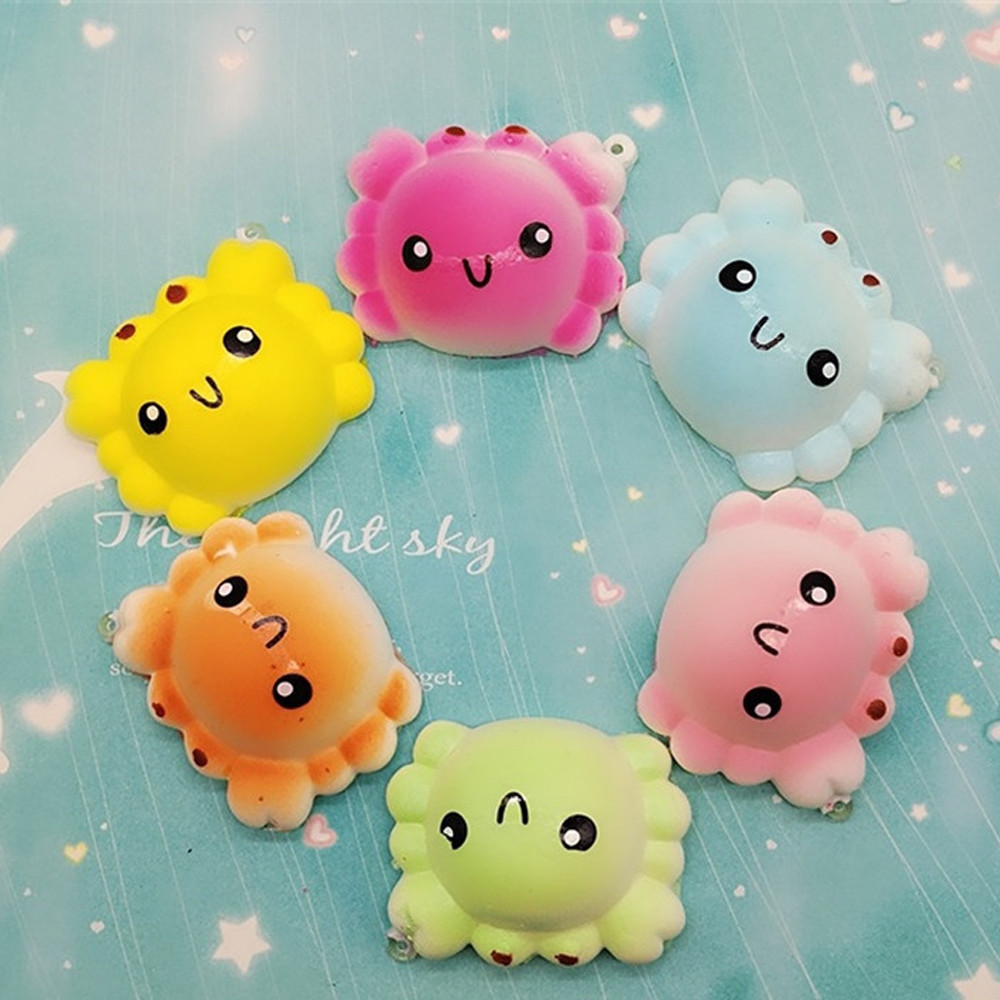 2PC Random Crab Slow Rising Collection Squeeze Stress Reliever Toy Slow Rebound Crab Bread Mobile Phone Key Pendant L1223