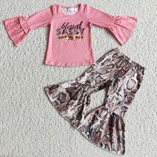 Nowe zestawy ubrań dla niemowląt różowy list drukuj Ruffles koszula z długimi rękawami skóra węża spodnie dzwony Fashional zestaw ubrań dla dzieci tanie tanio RED HEART COTTON spandex Dziewczyny W wieku 0-6m 7-12m 13-24m 25-36m 4-6y 7-12y 12 + y moda CN (pochodzenie) Lato Z okrągłym kołnierzykiem