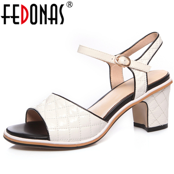 FEDONAS Spring Summer New Euro Style Fashion Casual Women Cow Patent Leather Sandals Mixed Colors Front & Rear Strap Shoes Woman