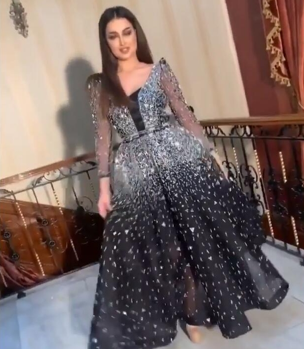 2020 Luxury Sparkle Rhinestone Prom Dresses Full Sleeves Beaded Crystal A-line Evening Party Gowns Sexy See Thru Formal Dresses
