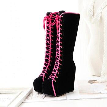 Μπότες πλατφόρμες μέχρι το γόνατο με κορδόνι μαύρο ροζ ενιαίο τακούνι χειμωνιάτικες