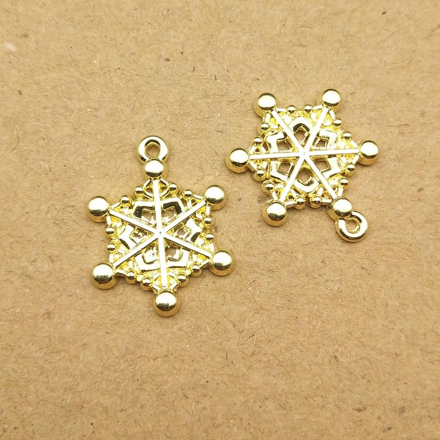 52 pcs Craft Supplies Mixed Christmas Snowflake Snowman Enamel Charms Pendants Silver Plated Pendants Findings for Jewellery Making
