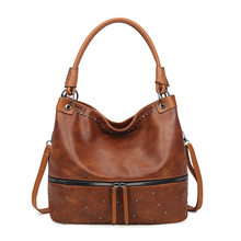 2021 new European and American fashion large capacity ladies handbag, rivet vintage one-shoulder cross-body bag