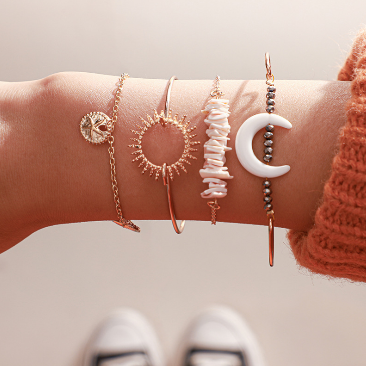 4 unids/set brazaletes de luna de piedra Natural bohemios para mujeres Hollow Sun Starfish Wafer Geometric Jewelry venta al por mayor