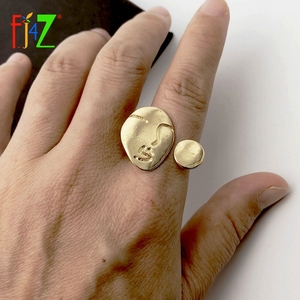 F.J4Z 2019 Fashion Designer Finger Ring for Woman Human Face Circle Top Cuff Rings Jewelry Gifts anillos de mujeres Dropship(China)