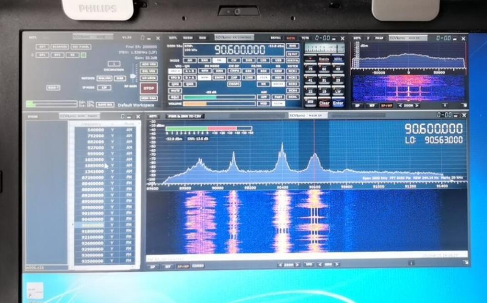 Radio Receptor Receptor Receptor Receptor de radio Sdr Sdrplay Rsp1a 4BIT SDR Sdrplay Rsp1A 4BIT mejorada de radio definida por software Negro