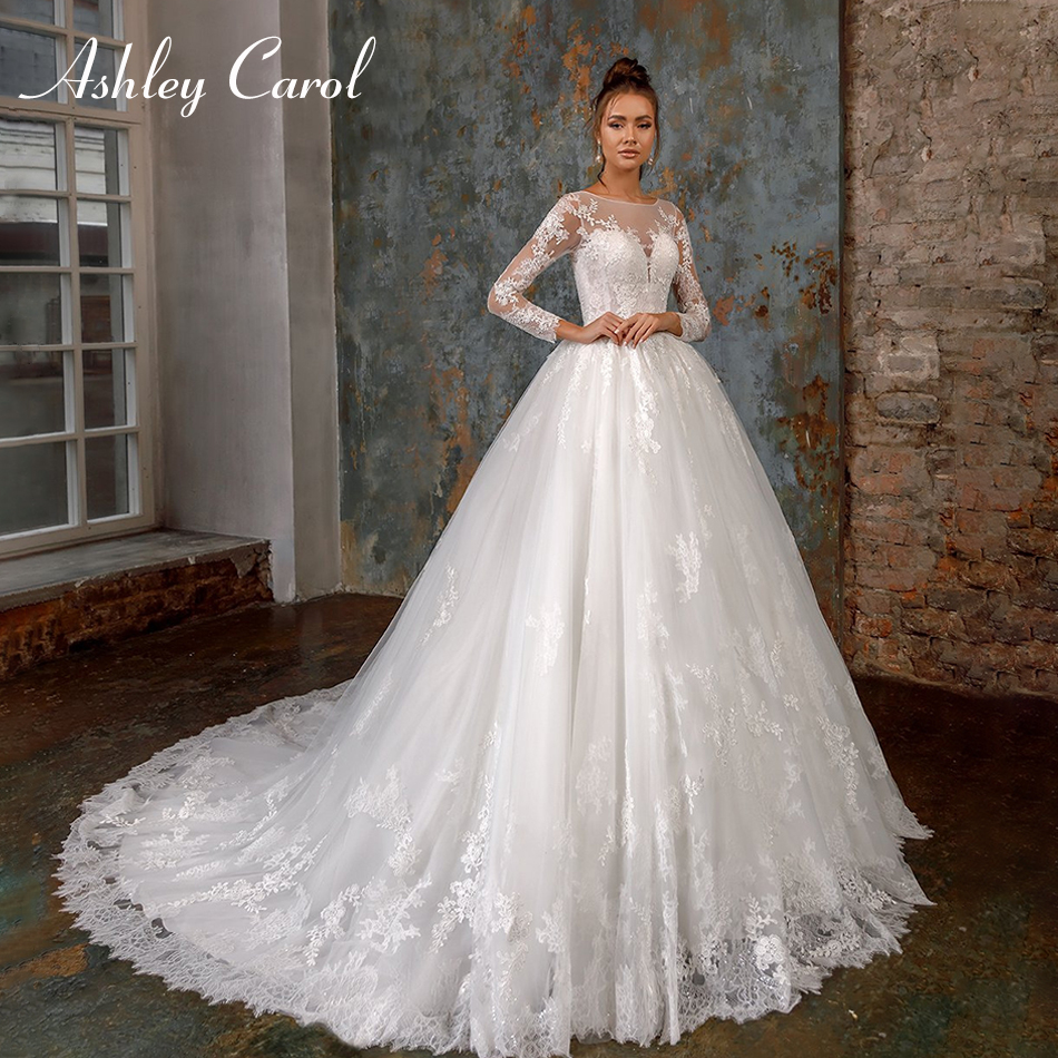 Ashley Carol Sexy O-Neck Lace Princess Wedding Dress 2019 Long Sleeve Appliques Bride Dress Romantic Vintage Wedding Gowns
