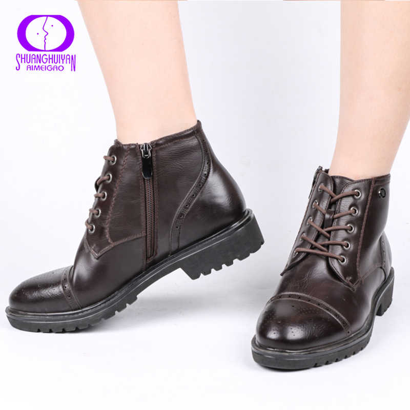 AIMEIGAO Fashion Vintage Vrouwen Enkellaarsjes Zacht Leer Platte Schoenen Comfortabele Vrouwen Laarzen Lace Up Zacht Leer Klassieke Schoenen