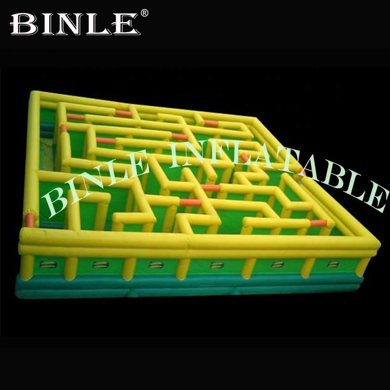 Arène gonflable drôle d'étiquette de parcours du combattant de labyrinthe gonflable de cube d'oxford pour le jeu extérieur
