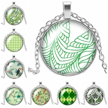 2019 New Hot Beauty Flower Pattern Color Glass Necklace Pendant Convex Round Gift Party Chain