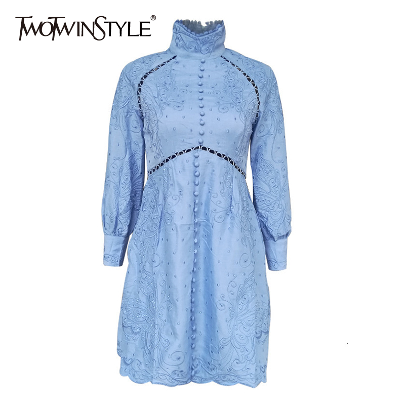 TWOTWINSTYLE Patchwork Lace Embroidery Dress For Women Stand Collar Lantern Long Sleeve Dresses Female 2019 Autumn Fashion New