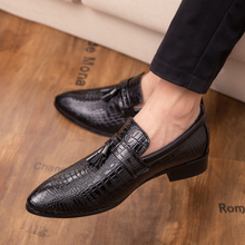 Men genuine leather loafers Shoes outdoor Handsome Comfortable Brand