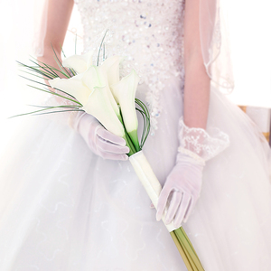 Image 5 - Kyunovia Real Touch White Calla Lily Wand For Bridesmaid Flower Girl Keepsake Mini Flower Wand Wedding Bouquet Bridal BY11
