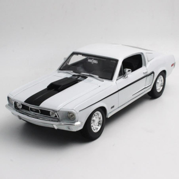 Maisto 1/18 1:18 Scale 1968 Ford Mustang GT Cobra JET Racing Car Diecast Display Metal Alloy Collectible Model Children Boys Toy maisto 1 18 2015 ford mustang gt diecast model sports racing car vehicle black new in box