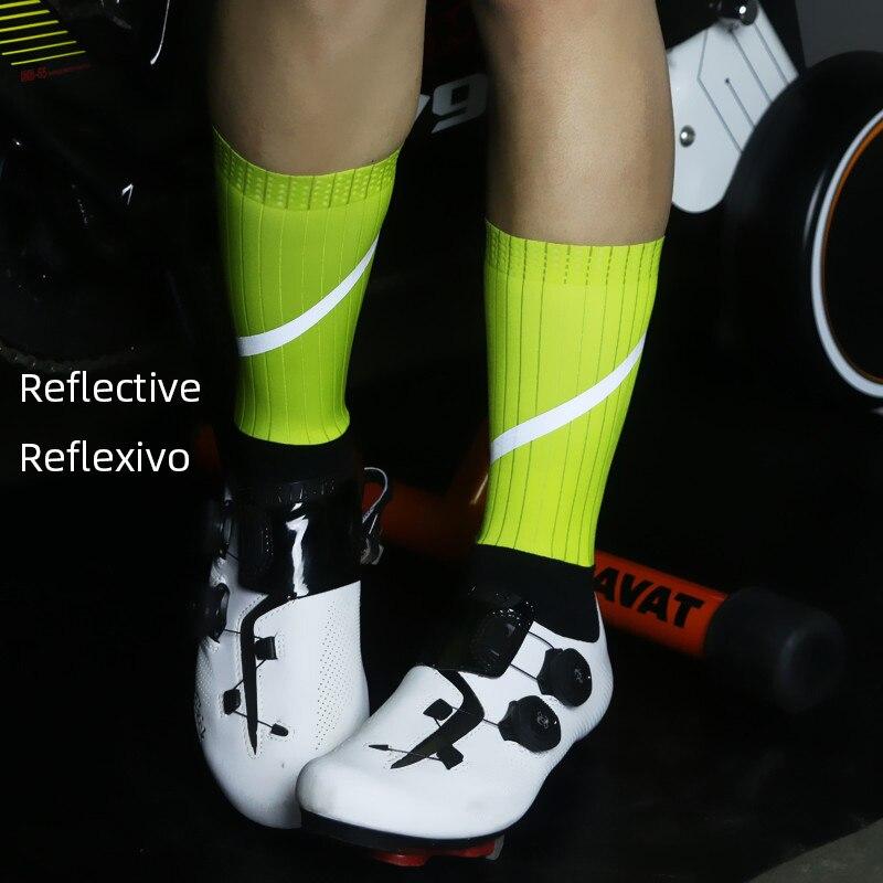Meias de ciclismo reflexivo profissional com braço