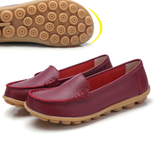 Calfskin Ladies Car Driving Shoes Breathable Non-Slip Shallow Mouth Beef Tendon Bottom Low Help Doctor And Nurse Casual Pea Shoe