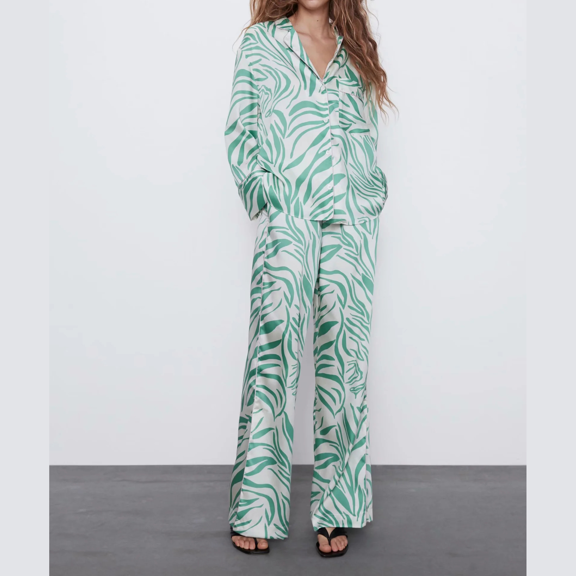 2020 New Summer Suits Women Two Piece Set Green Printed Pajama-style Top&pants High Waist Elastic Female Woman Clothes