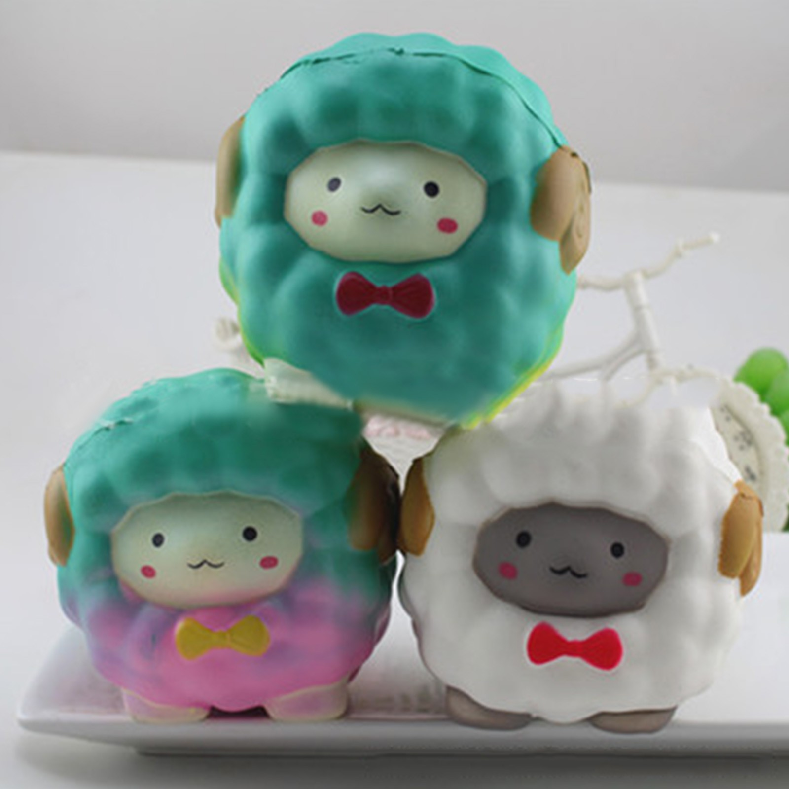 Adorable Llamas Alpacas Slow Rising Squeezed Toys Fruit Scented Squeezed Stress Relief Toys Decompression Toy For Children img5