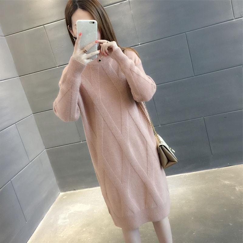 Auturm Winter Warm Women Long Dress Fashion Plaid Round Neck Ladies Straight Dress Elegant Long Sleeve Female Clothing