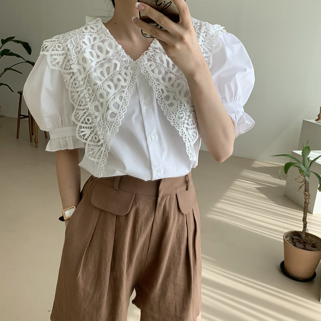 He8093490180341a3b784ff40212a5c3aY - Summer Korean Butterfly Lace Lapel Short Puff Sleeves White Blouse