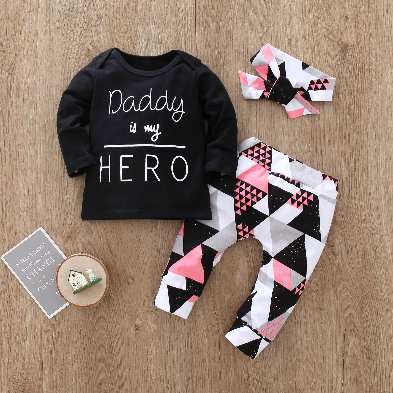 Baby Mädchen Kleidung Set Langarm Schwarz Brief Drucken Und Geometrie Hosen Und Stirnband 3 teile/satz Neugeborene Kleidung Infant Anzüge