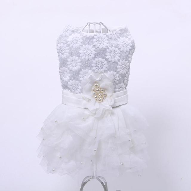 Nouveau princesse chien robe Tutu fleurs perles dentelle jupe Design animal chiot Tutu printemps/été vêtements 2 couleurs 4 tailles