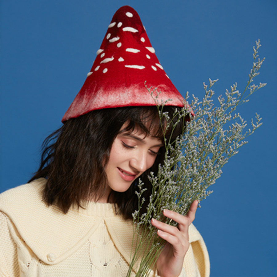 Fashion Cute Mushroom Pot Hats Handmade Winter Wool Felt Caps Women Christmas Gifts Vintage Warm Wild Conical Caps Headdress Hat