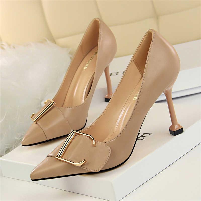 Máy bơm Nữ Giày Nữ Gót Nhọn Công Sở Nữ Vintage gót nhọn Đầm Giày Nữ Giày cao gót đen sapato Feminino