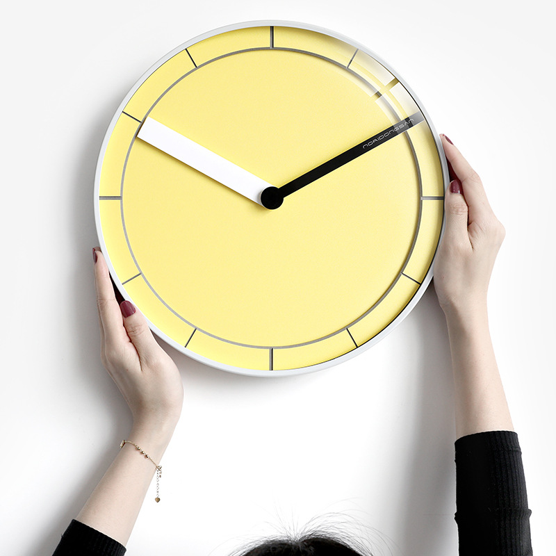Nordic Digital Wall Clocks Modern Design Yellow Silent Simple Art Home Clock Wall Zegar Scienny Living Room Decoration MM50WC