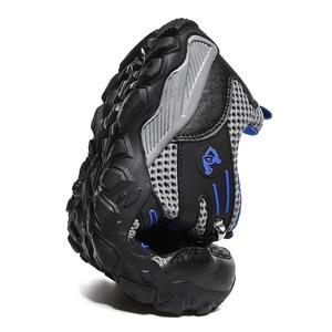 Image 2 - חדש מכירה לוהטת סופר אור נעליים יומיומיות גברים קיץ לנשימה ספורט נעלי ריצה רך נוח Mesh סניקרס שחור הנעלה 47