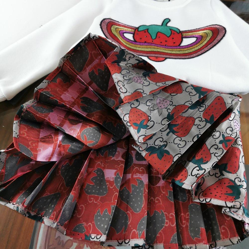 Meisjes Kleding Sets Lange mouwen Cartoon aardbei Borduurwerk T Shirts + plooirok 2 Stuks Meisjes Kleding Sets Kids kostuum - 4