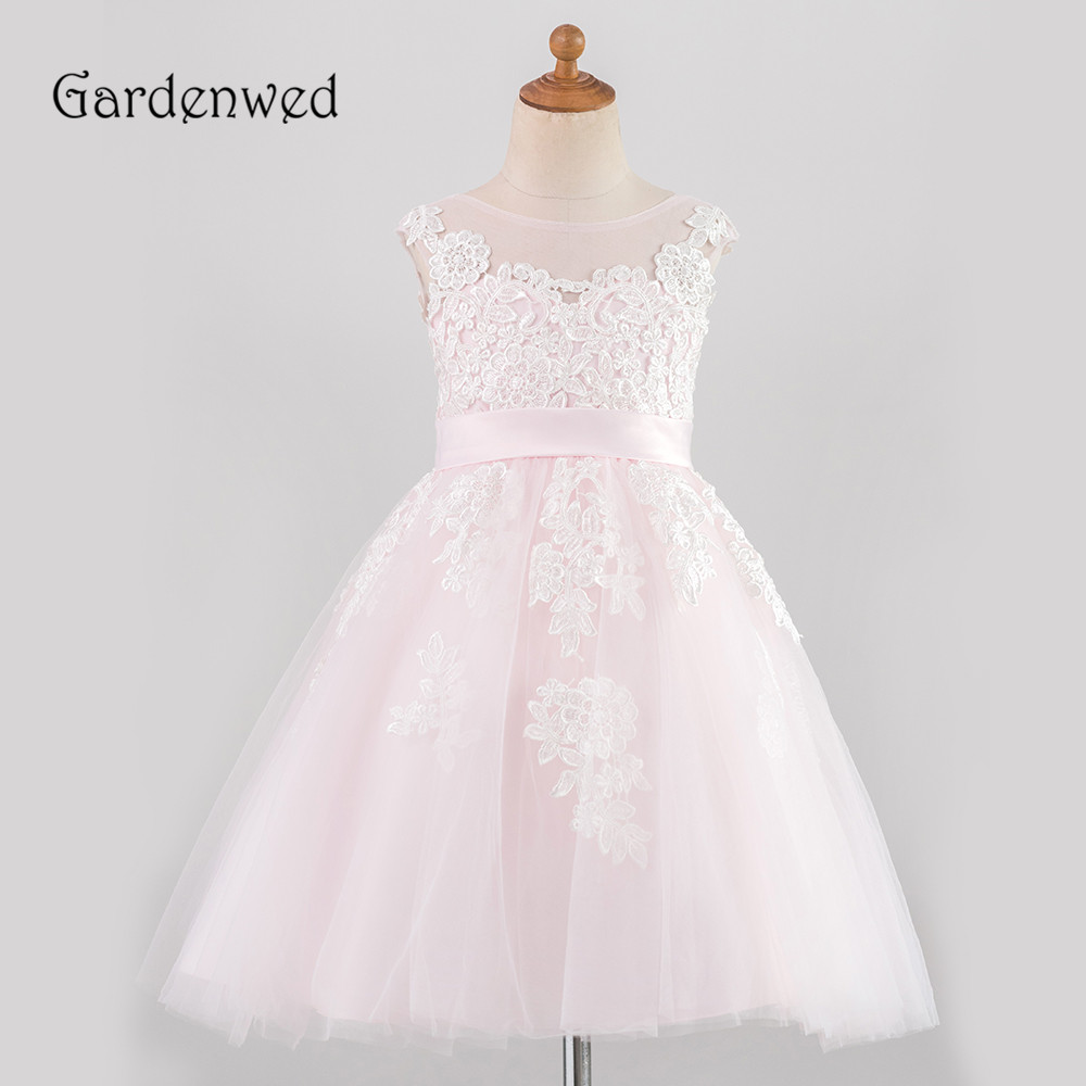 Simple Light Pink Lace Flower Girl Dresses Scoop Short Tulle Girl Wedding Party Dresses Appliques Belt Buttons Communion Dresses