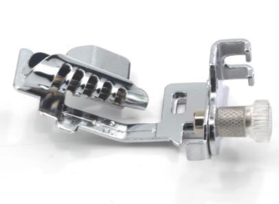 Bagian mesin jahit domestik kaki presser 9907-3 / Ketuk Binding - Seni, kerajinan dan menjahit - Foto 1