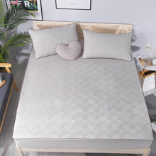 Quilted Fitted Bed Sheet Solid Color Quilted Embossed Mattress Cover Mattress Protector Cover Soft Pad Mattress Cover  for Bed