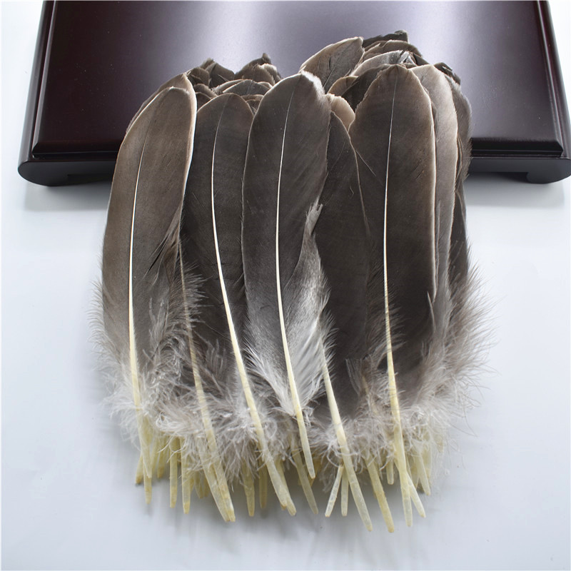 Жесткий полюс, натуральные гусиные перья для рукоделия, 5-7 дюймов/13-18 см, самодельные ювелирные изделия, перо, свадебное украшение для дома - Цвет: Natural color