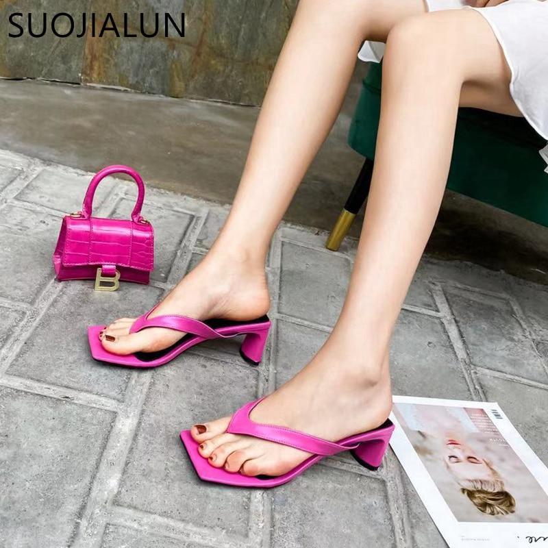 SUOJIALUN Square Heel Women Flip Flop 2020 New Summer Beach Ladies Slipper Bohemian Female Sandal Med Heel Slip On Slides