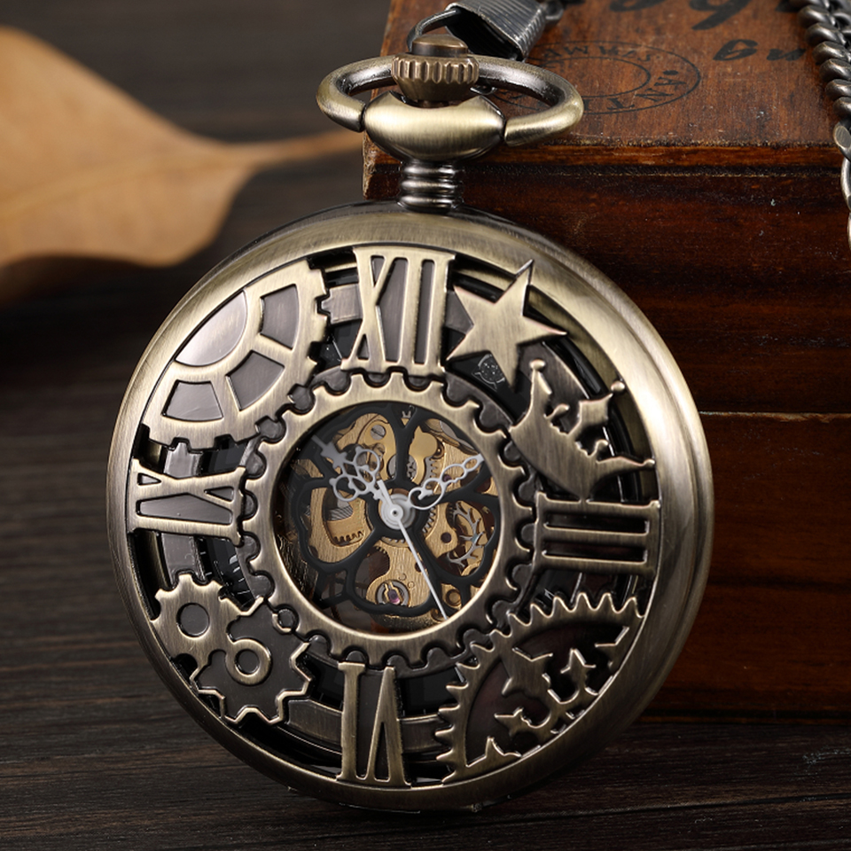 Retro Bronze Mechanical Pocket Watches Hollow Gear Star Design Roman Numerals Skeleton Steampunk Hand Wind Fob Watch With Chain